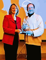 Sheila Gorman presents Sincliar Award to Robert Luciani